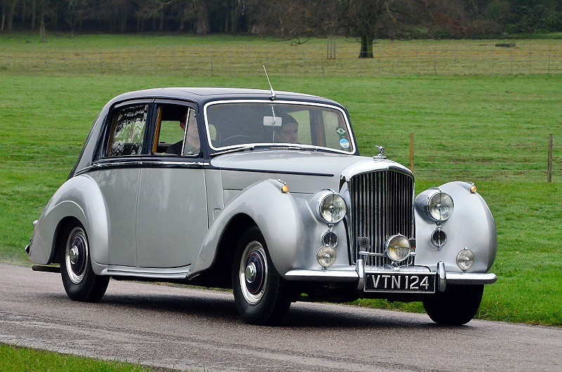VTN 124 BENTLEY R TYPE 1953