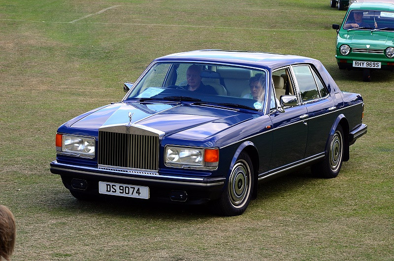DS 9704 ROLLS ROYCE 1982