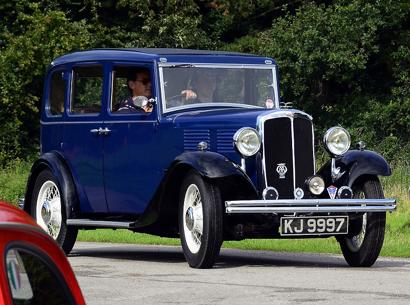 KJ 9997 STANDARD LITTLE 12 1932