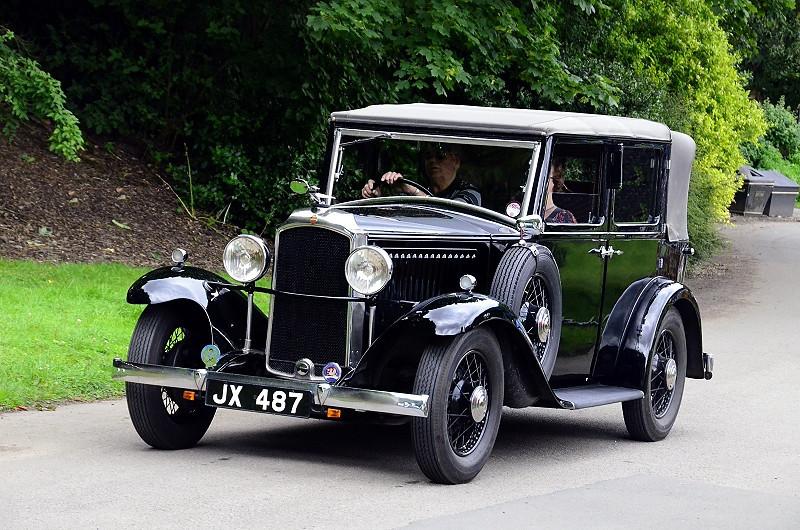 JX 487 VAUXHALL CADET VY 1933