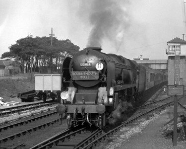 As must by now be obvious, the Bournemouth Belle was a favourite subject!  Regular visits to my father's friend Geoffrey Tristram, who was organist at Christchurch Priory gave plenty of opportunity to see the Belle.  Here 35014 Nederland Line heads the train approaching Christchurch station c.1957.