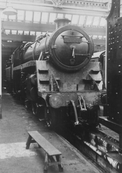 76000 Horwich works November 1952 still 4 weeks away from accepted into traffic