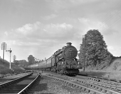 King Class 6004 King George III photographed sometime between February 1955 and the relaying of the Coley Goods branch junction in May 1956.