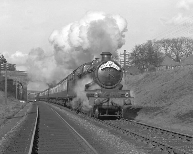 Another shot of the down The Royal Duchy approaching Southcote Junction sometime in 1957.  This time the train is headed by 5006 Tregenna Castle which working hard to provide the sort of dramatic effect that diesel locomotives can never match!