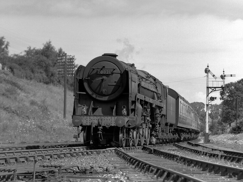 70021 Morning Star heads the 10.40 ex-Paddington down express past Southcote Junction on 2 August 1953.