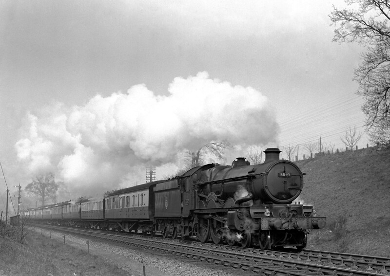 5095 Barbury Castle approaching Southcote Junction at the head of the 1.30pm ex Paddington on 21 March 1953.