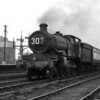 In terms of image quality, this shot really isn't quite up to standard.  However, it is one of my father's earliest pictures and the subject merits inclusion.  Star class 4057 Princess Elizabeth runs into Reading General station on a down stopping train.  The notes indicate this was taken in 1951 and this locomotive was withdrawn in February 1952.