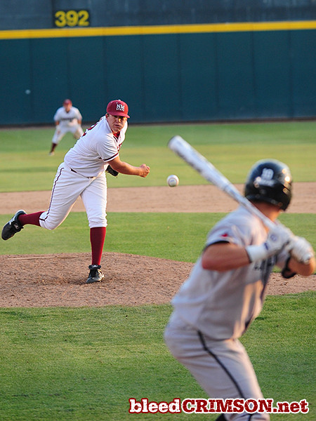 Scott Coffman (32) delivers a pitch.<br /> <br /> Photo Credit: Sam Wasson