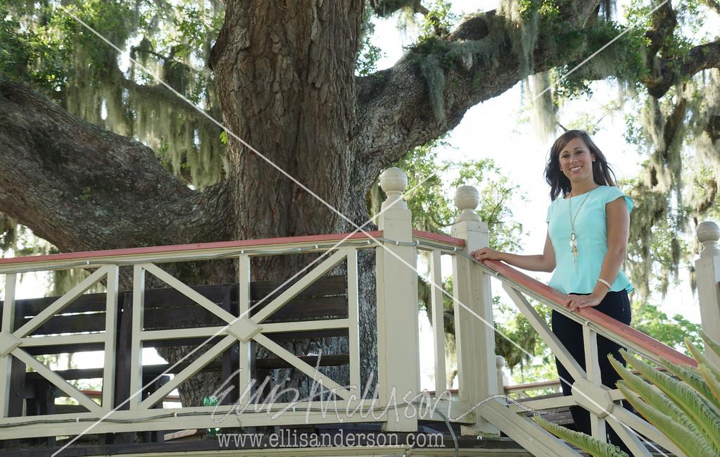 Michelle shoofly oak 0006