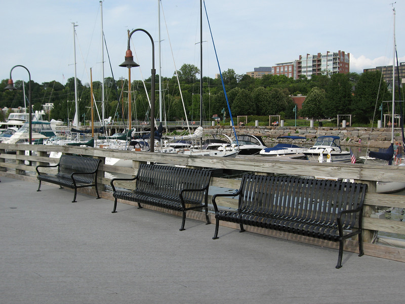 07 Benches and Harbor