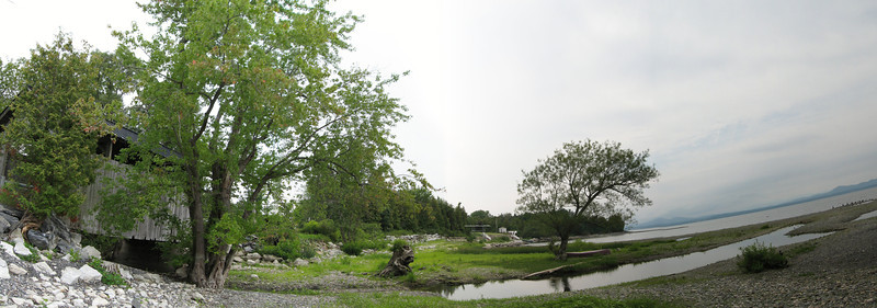 30 Pan South with Covered Bridge and Holmes Creek Estuary