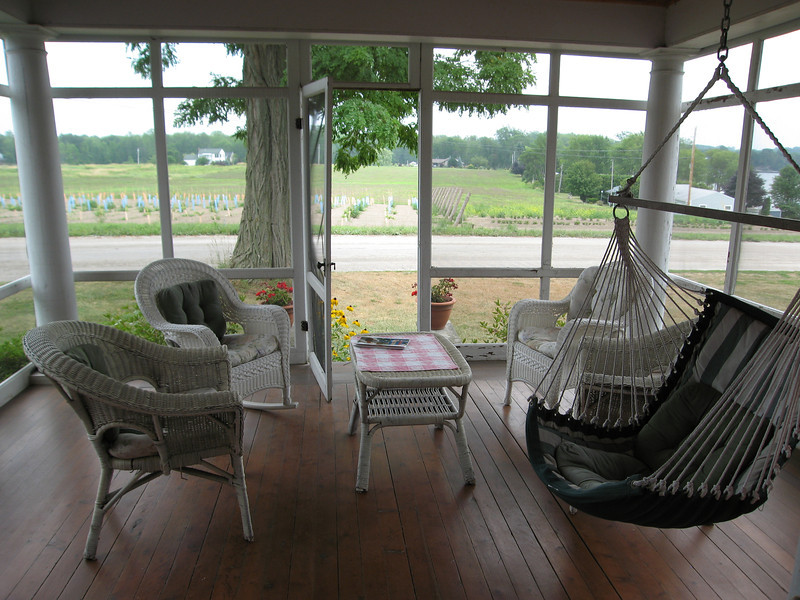 10 Screened Porch