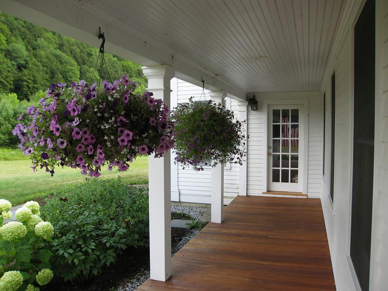 24 LS South to Porch Door