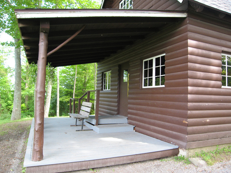 42 Summit Picnic Lodge