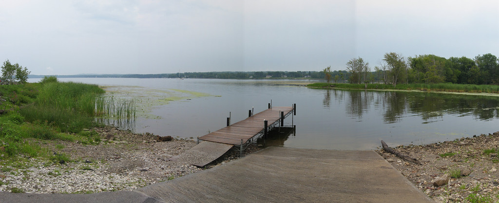 04 Pan East with Dock and LaPlatte Estuary