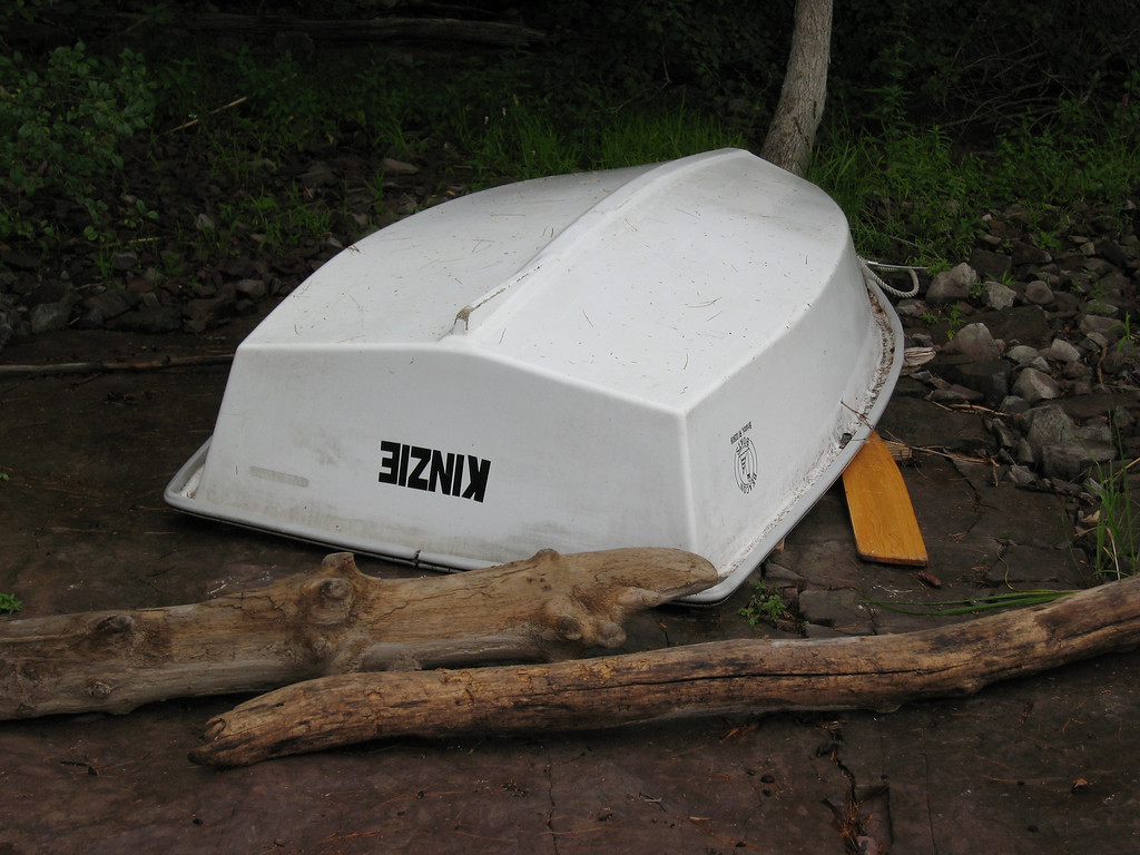 59 Dinghy and Driftwood