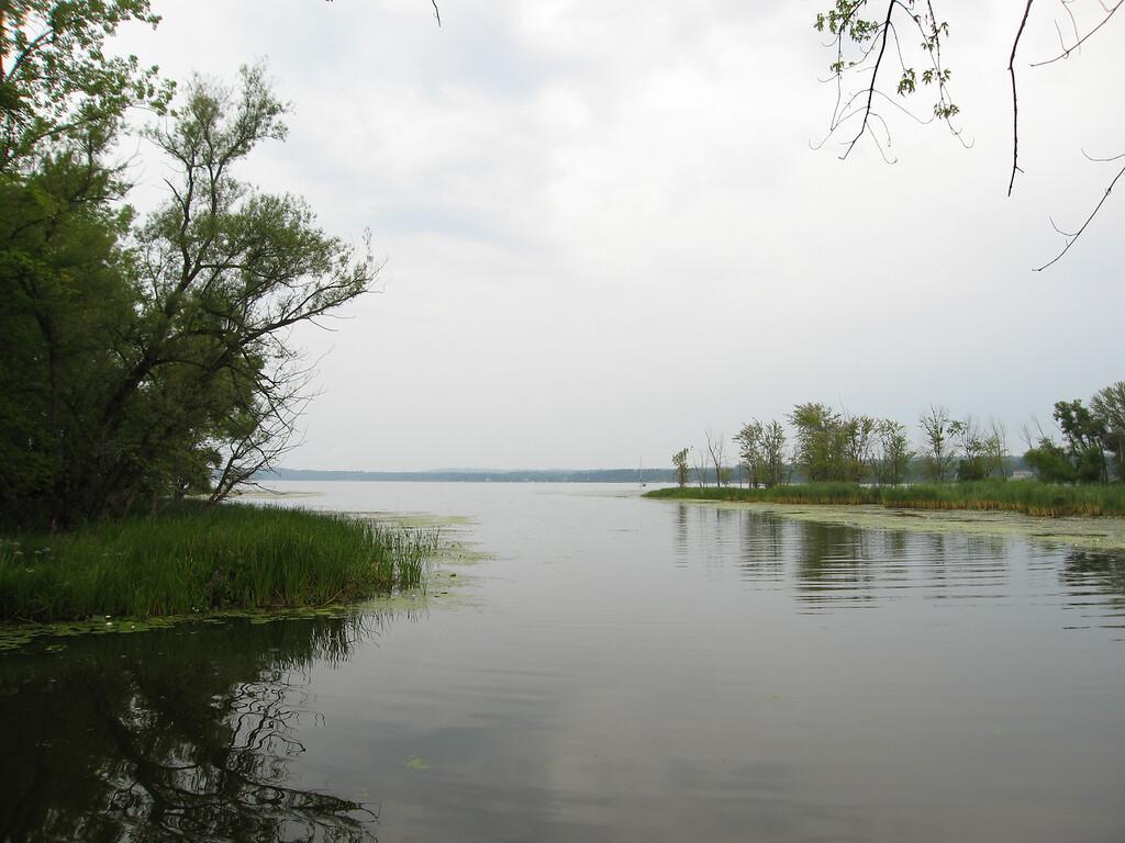 04 LaPlatte River Estuary Looking East