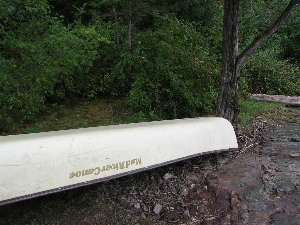 37 Canoe Detail