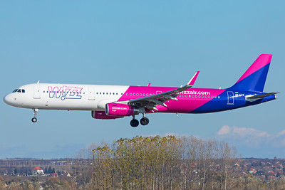Wizz Air Airbus A321-231 HA-LTE 11-14-18