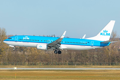 KLM Royal Dutch Airlines Boeing 737-8K2 PH-BXM 11-14-18