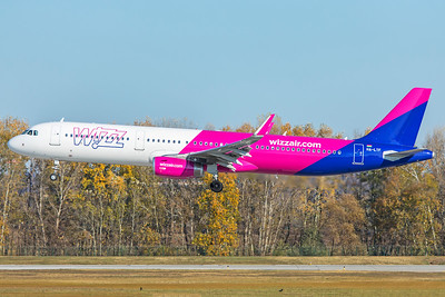 Wizz Air Airbus A321-231 HA-LTF 11-14-18