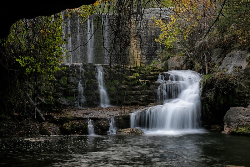 Mirror Lake Spillway - Blanchard Springs Caverns