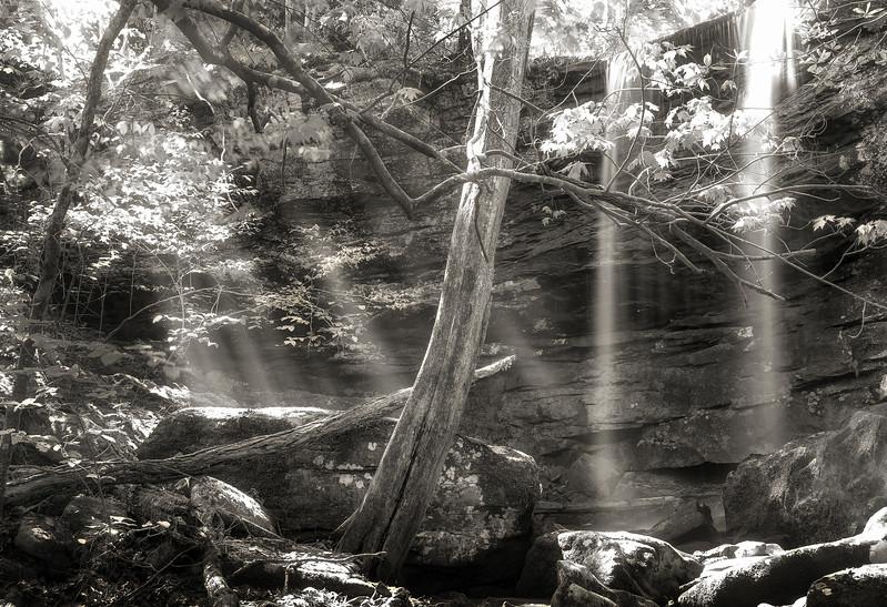 Sunrays at Honeymoon Falls - Wilderness Rider Buffalo Ranch - Buffalo River Area - Arkansas