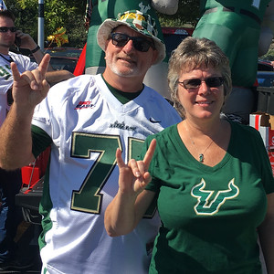 USF: Two Longtime USF Bulls Football Fans Go Deep With their Support – In the Form of a Planned Gift