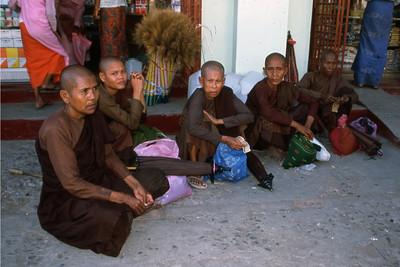 BUDDHIST NUNS - SITTWE