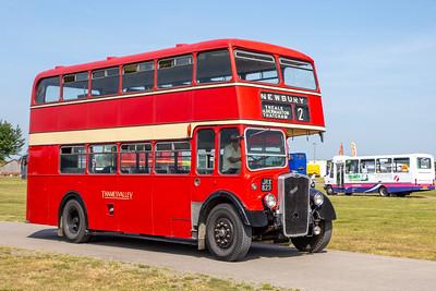 JRX823 Thames Valley 748