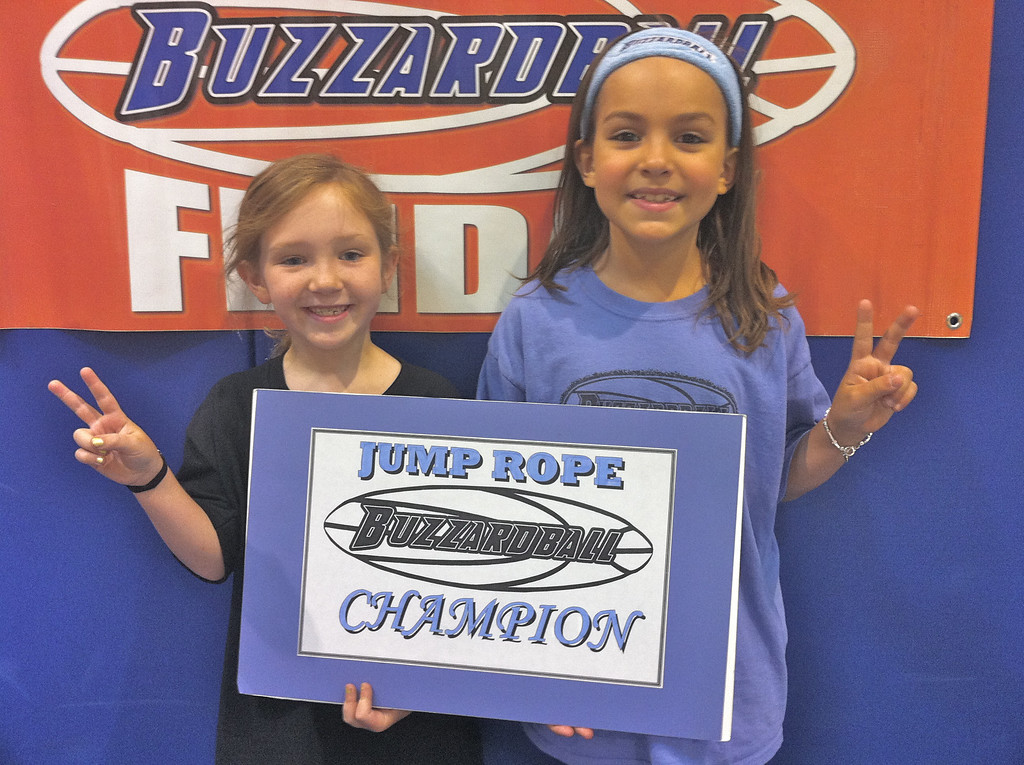 K-3 CHAMPS: GRACIE GAON (86 jumps) and MARISA CHRISTOPULOS (116 jumps) of the SUN