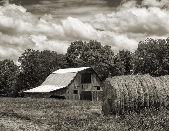 Barn & Haybales
