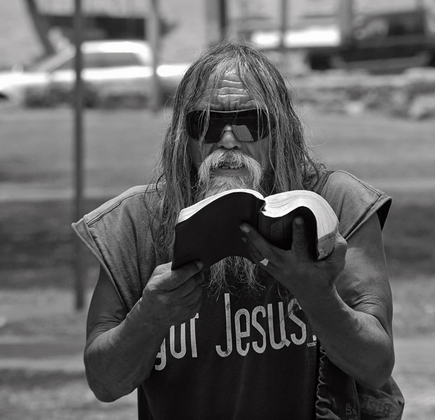 Phillip Prais Maui Street Preacher Man - A True Man of God