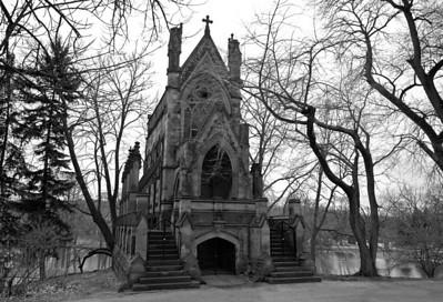 Dexter Mausoleum, Spring Grove Cemetery