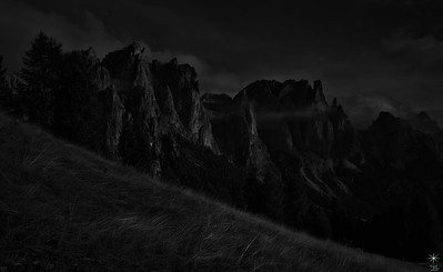I Monti Pallidi, Dolomiti by night