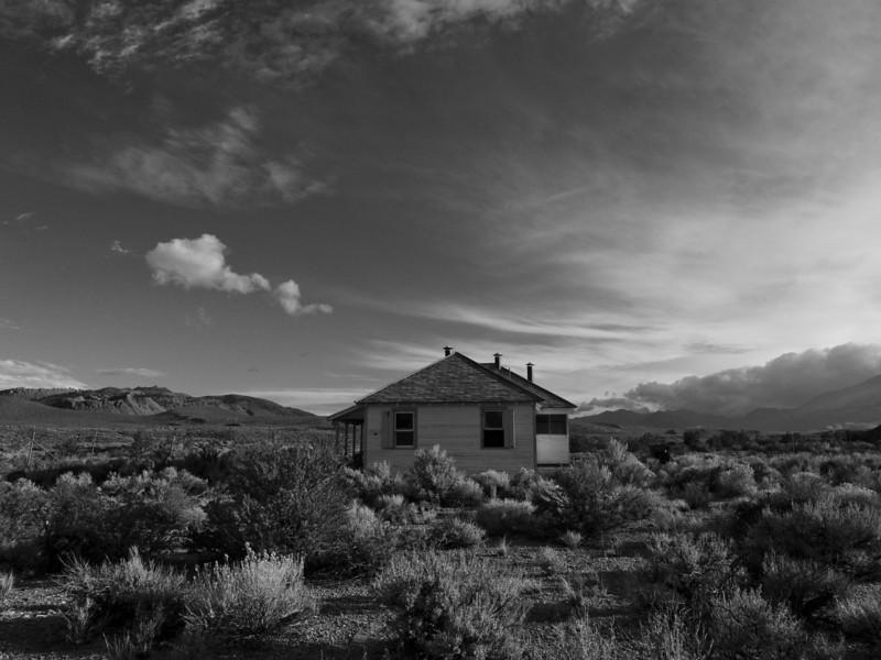 Abandoned house near Mono Lake