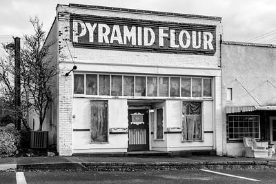 Pyramid Flour