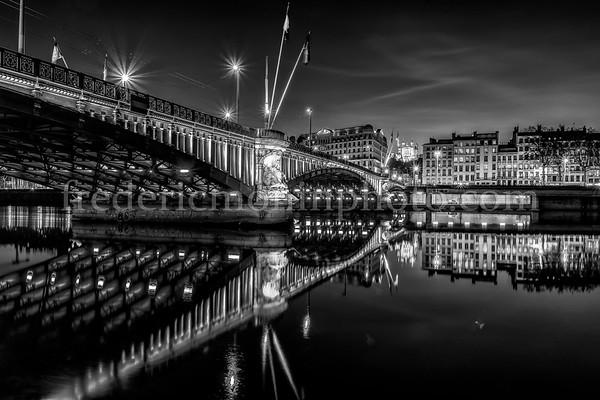 Blue Hour on Lafayette bridge at Lyon in B/W ...