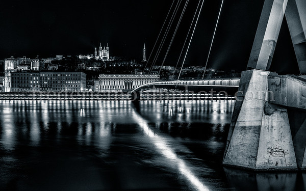 Night on the Saône in Lyon