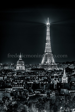 Hotel of the Invalides and the Eiffel Tower by night