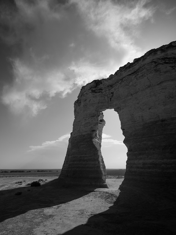 Arch at Monument Rocks