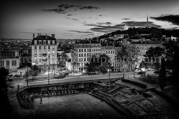 Lyon at night in black and white
