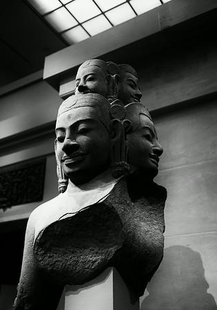 Sculpture at the Metropolitan Museum of Art NYC