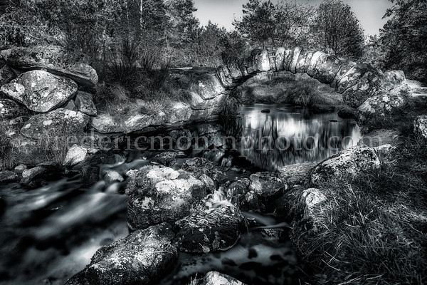 Senoueix bridge in Creuse in B/W