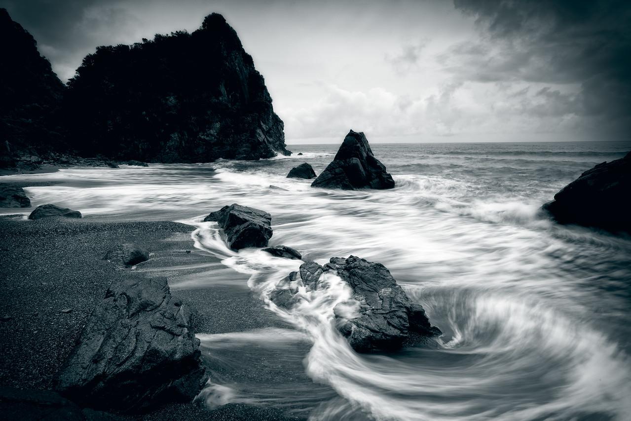 A duotone on the high tide, West Coast