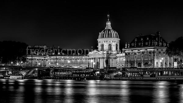 Institut de France in B/W ...