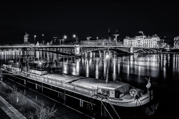 University bridge at Lyon in B/W ...