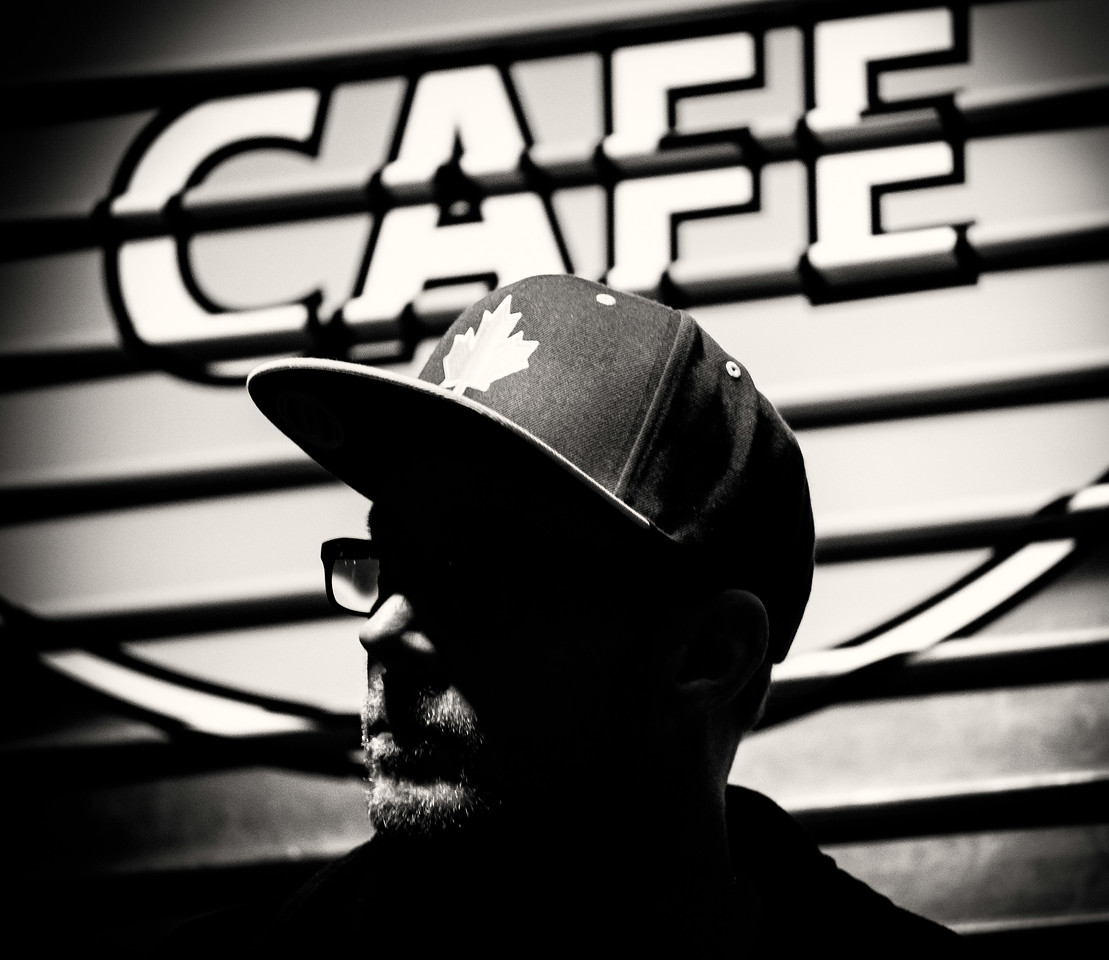 Tony Cafe