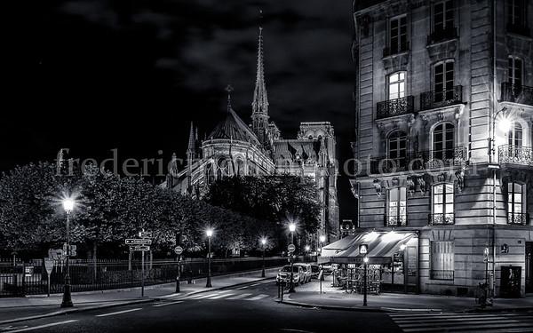 Paris ...