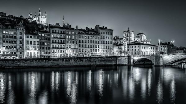 Lyon by night in B/W ...